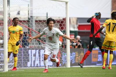 日本代表デビュー戦で初ゴール