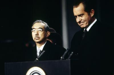 【昭和天皇とニクソン大統領がアンカレッジで会談】