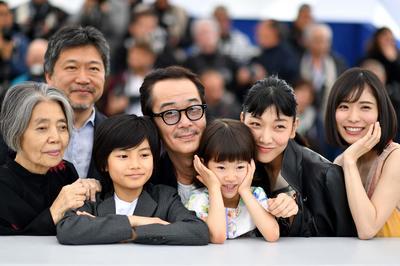 カンヌ国際映画祭で「万引き家族」が最高賞