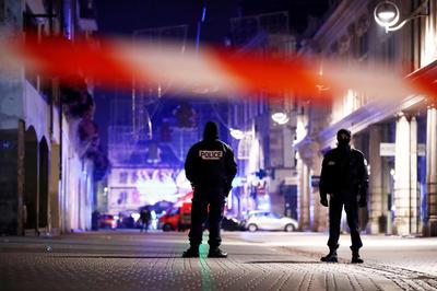 フランスで銃乱射事件