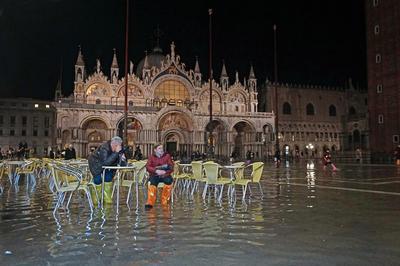 水の都ベネチア 街の75%が浸水