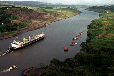 パナマ運河 返還