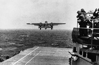 ドーリットル空襲(1942年4月)