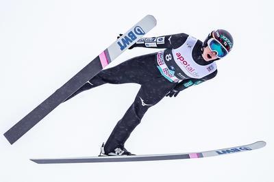 3月10日 スキージャンプ・小林陵侑、日本男子初のW杯総合優勝を果たす