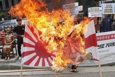 7月4日~ 半導体材料の輸出規制めぐり日韓関係悪化