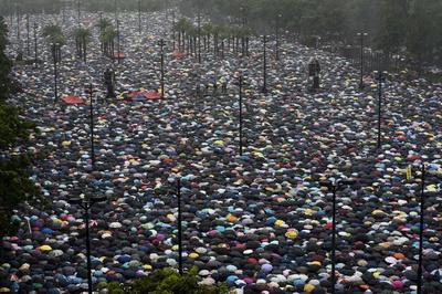 8月18日 香港で「170万人」参加の大規模デモ 「逃亡犯条例」改正などに抗議