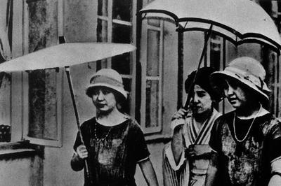 モボ・モガ流行(1920年代~)