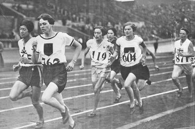 人見絹枝が日本女子選手初の銀メダル