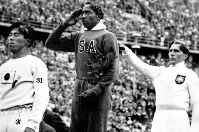 ジェシー・オーエンス、五輪史上初の4冠