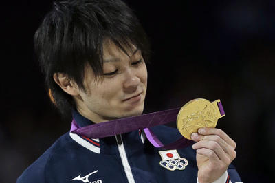 内村航平が体操・個人総合で金メダル