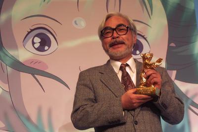 宮崎駿監督「千と千尋の神隠し」がベルリン映画祭で金熊賞 (2002年2月)