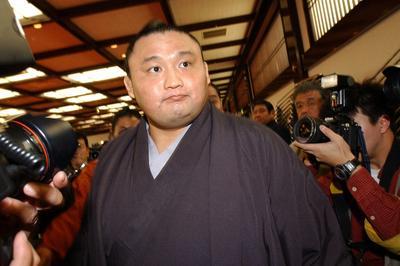 横綱貴乃花が引退表明 (2003年1月20日)