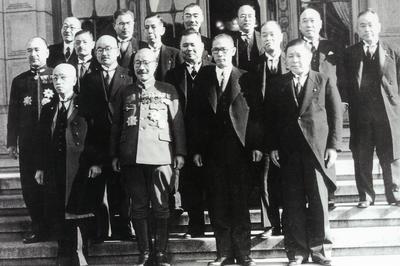 東条内閣成立