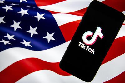 8月 中国の動画共有アプリ「TikTok」に米政権が圧力