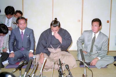 千代の富士引退から30年(1991年5月14日)