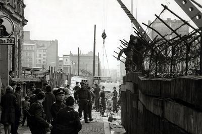 【動画】ベルリンの壁出現から60年(1961年8月12日)