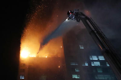 韓国南東部ウルサンの高層マンション火災