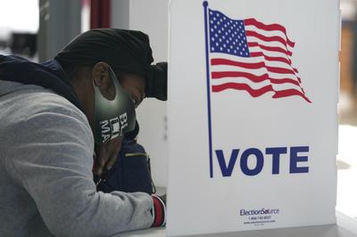 投票日の様子