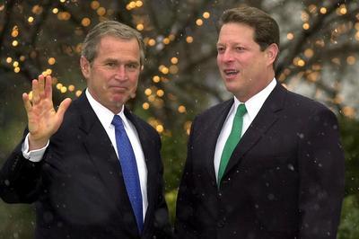 2000年大統領選は法廷闘争に発展