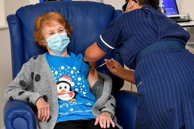 12月8日 新型コロナ感染症 英でワクチン接種開始