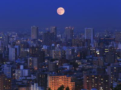 月の美しい風景