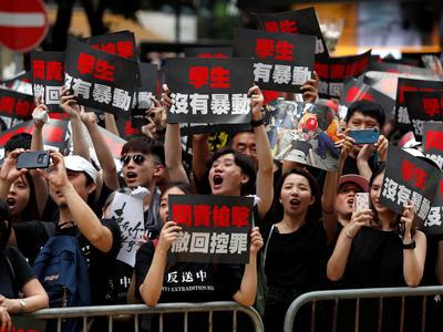 香港「逃亡犯条例」改正延期