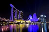 シンガポール マリーナ・ベイ・サンズ 水と光のスペクタクル