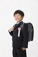 入学式の小学生