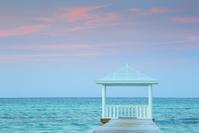 バハマ 夏の空と海