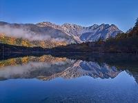 長野県 上高地 紅葉の大正池