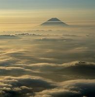 南アルプス市 北岳 雲海と富士山