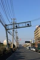 千葉県 液状化で傾いた道路設備