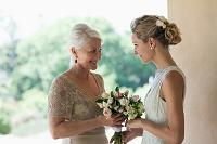 花嫁と母親