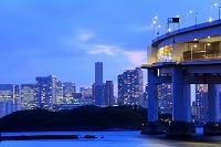 東京都 お台場よりレインボーブリッジ 夜景
