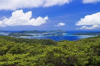 沖縄県 慶良間海峡と慶良間諸島 多島景 渡嘉敷島