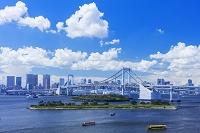 日本 東京都 お台場より屋形船とレイボーブリッジ