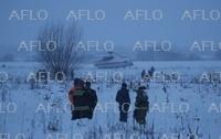 モスクワ郊外で旅客機墜落