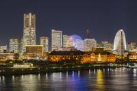 神奈川県 横浜 大さん橋からの夜景