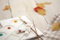 絵の具とパレット