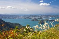 愛媛県 亀老山展望公園より来島海峡大橋を望む