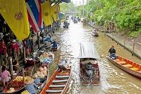 タイ王国 ダムヌンサドュアク水上マーケット