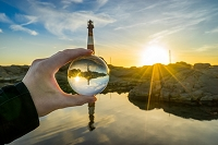 ノルウェー 灯台とクリスタルボール