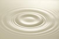牛乳の波紋