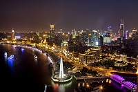上海 浦東ビル群夜景