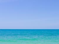 タイ王国 青空と青い海