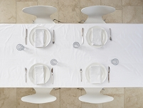 白色のテーブルコーディネート