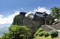 山形県 立石寺開山堂と納経堂