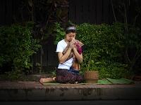 ラオス北部 ルアンパバーン朝の托鉢