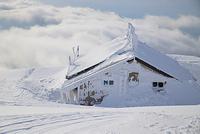 鳥取県 大山頂上の避難小屋