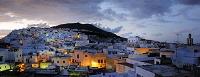 モロッコ テトゥアン 夕暮れの街並み